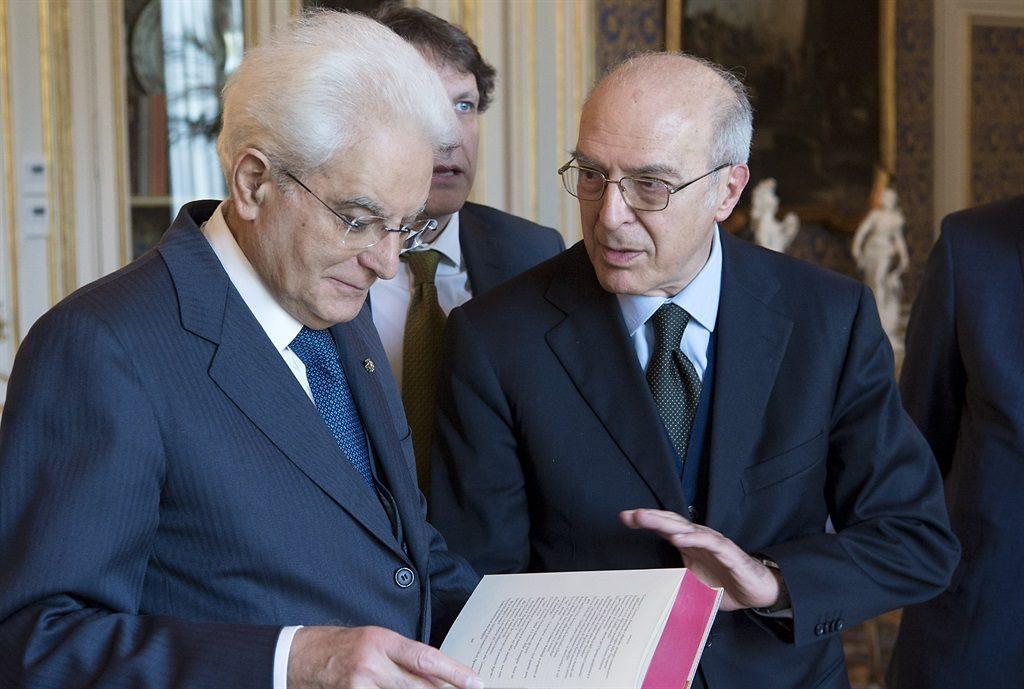 Prof. Malato con Presidente Mattarella